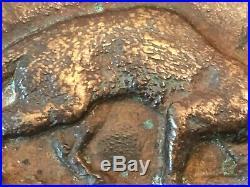 BARYE Genette Emportant Un Oiseau Bronze XIXe Siècle Signé et Daté 1831
