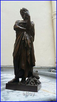 Beau bronze statuette sculpture néoclassique du XIXe siècle signé