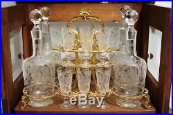 Cave à liqueur en noyer cristal et bronze époque XIX ème siècle