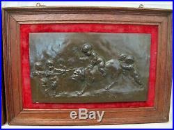 Deux bas reliefs en bronze signature Alfred Borrel XIX siècle les amours