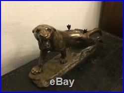 Grande sculpture bronze Lionne blessée animalier XIXè siècle dlg Charles valton