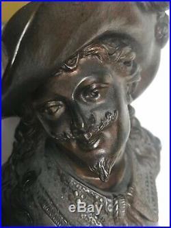 Jeune homme en bronze de Guillemin XIX la flirtation 19 e siècle romantique