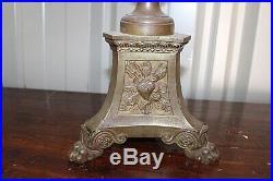 Paire de grands pique cierges en bronze doré a l'or XIXe Siècle
