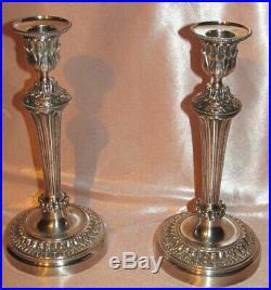 Superbe paire bougeoirs flambeaux Style Louis XVI bronze argenté XIXe siècle